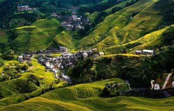 Guilin Longsheng Yangshuo 4 Days Private Package Tour (With Hotel)