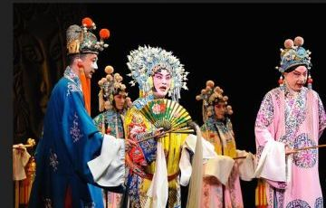 Beijing Opera Show Group Night Tour